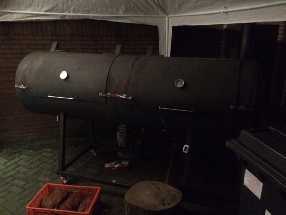 Smoker BBQ klaar en volledig functioneel | Passie voor techniek - EchtWerk.nl