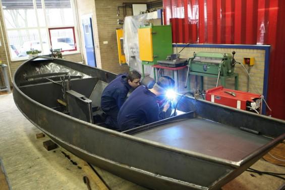 We zijn een zeilboot aan het lassen! | Passie voor techniek - EchtWerk.nl