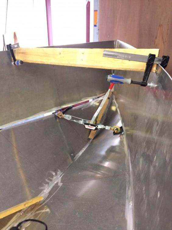 Aluminium kajuitzeilbootje (4,5 meter) | Passie voor techniek - EchtWerk.nl