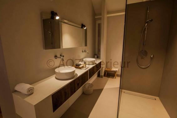 Badkamer op zolder van 2-kapper | Passie voor techniek - EchtWerk.nl