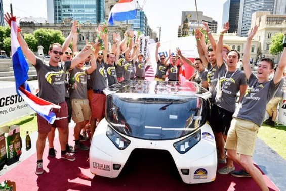 Solar Team Eindhoven wint Cruiser Class World Solar Challenge | Passie voor techniek - EchtWerk.nl