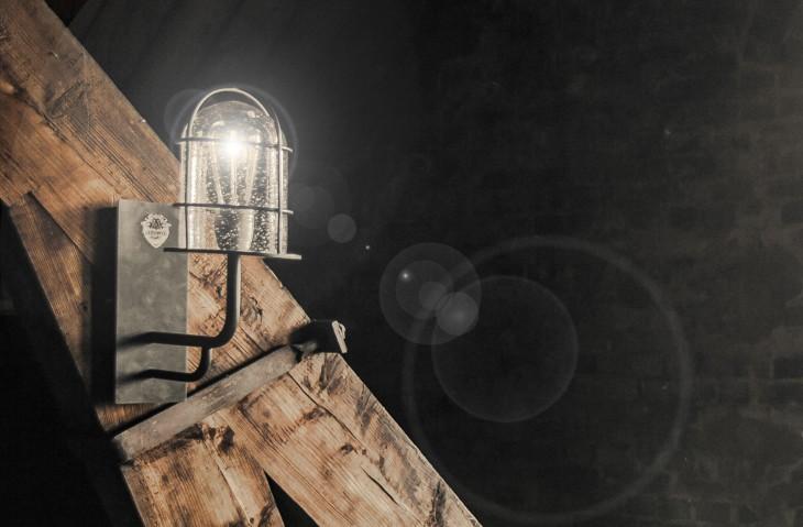 Wandlamp 'STENDER' | Passie voor techniek - EchtWerk.nl